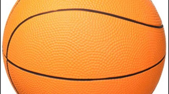 Il Napoli Basket comincia perdendo in casa contro Latina (80-85)