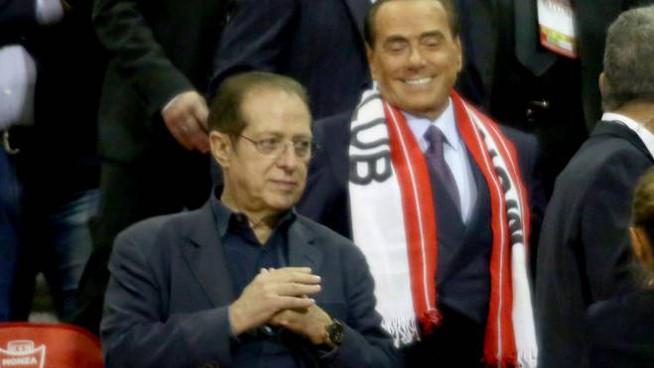 Berlusconi a Gazidis: «Ha salvato il Milan dalla D? Una frase da dire al cesso»