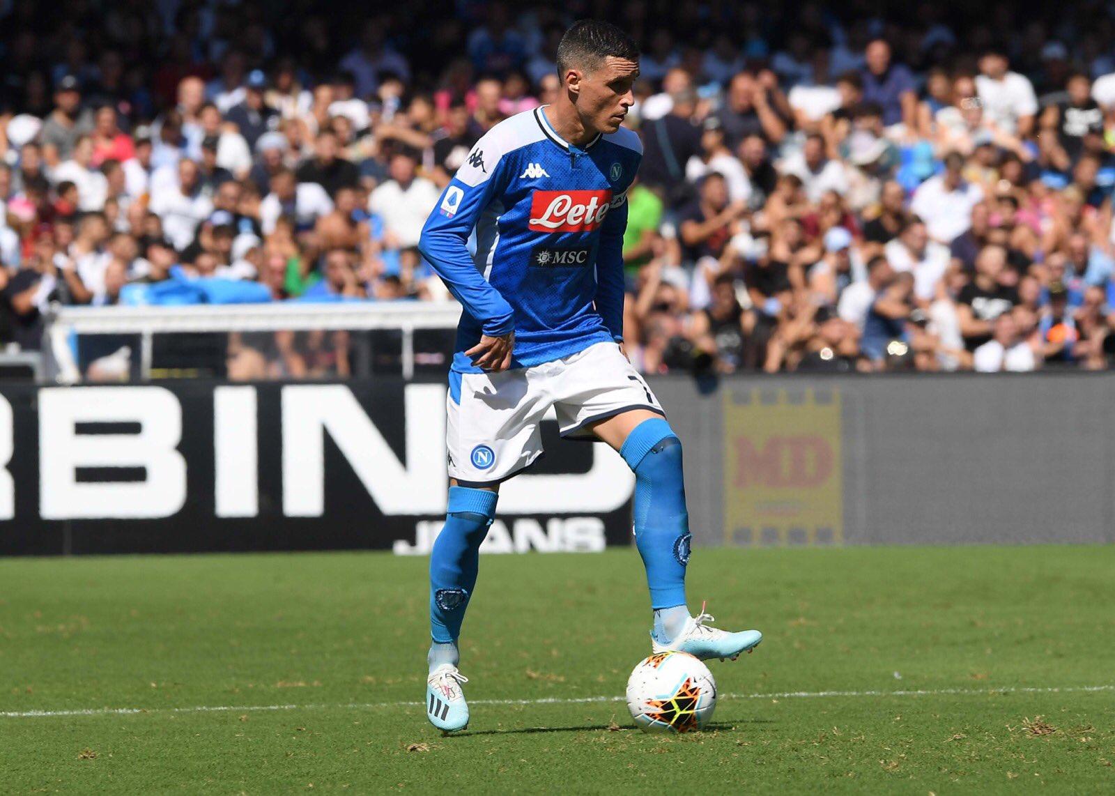 I due volti del Napoli che vince ma nel finale soffre decisamente troppo: 2-1 al Brescia