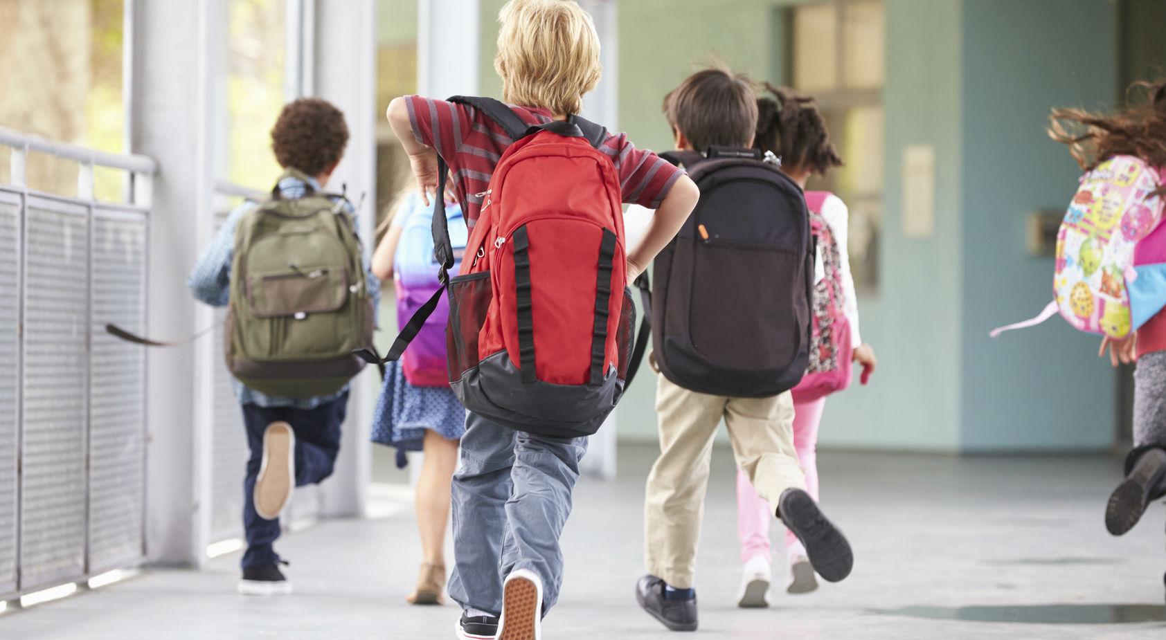 Genova, niente foto di gruppo a scuola. Occorre tutelare la privacy dei bambini