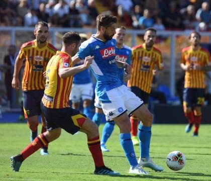 Lecce-Napoli 1-4 |  doppietta di Llorente |  i pensionati passano a due  Confermata la legge