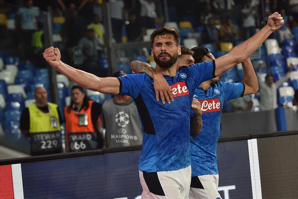 Napoli-Liverpool 2-0, pagelle / Il Napoli di Re Carlo: sacrificio, sofferenza, personalità e calcio