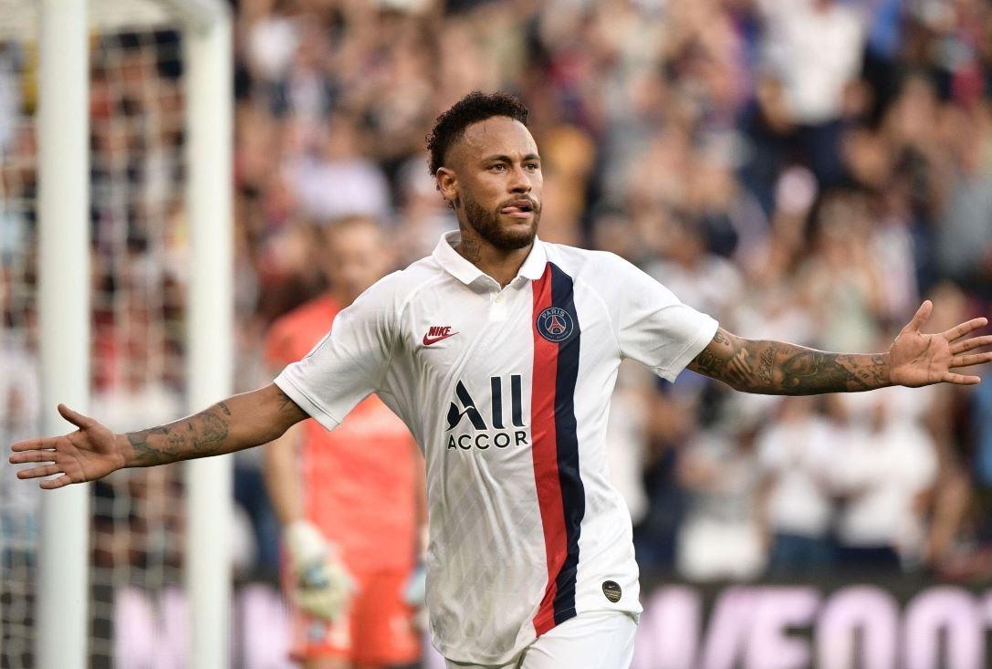 """Neymar chiama Cristiano Ronaldo al Psg: """"Voglio giocare con lui"""""""