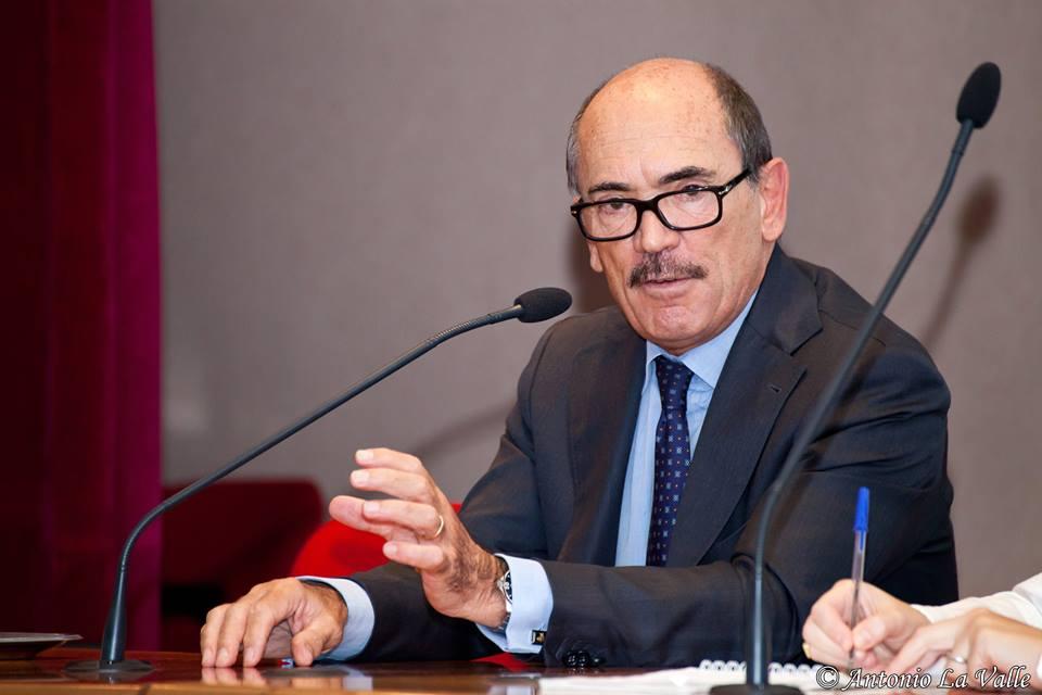 """Il procuratore antimafia: """"Le condizioni del Napoli per evitare infiltrazioni mafiose rappresentano un modello"""""""