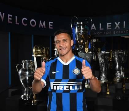 La Roma ha proposto all'Inter lo scambio Dzeko-Sanchez