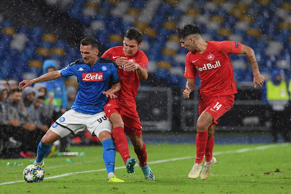 L'ammutinamento del gol, il Napoli prende solo pali