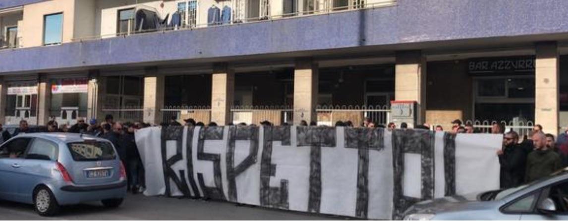Ai tifosi del Napoli: se dovete fischiare, stateve a casa