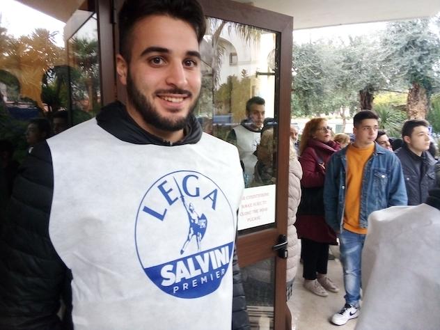 """Salvini a Sorrento sulle note di Caruso. I suoi: """"È lui la nuova sinistra"""""""