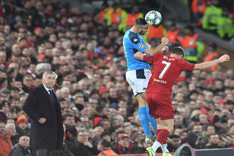 """Ma che malattia hanno quelli che """"sì però il Napoli a Liverpool ha fatto catenaccio""""?"""