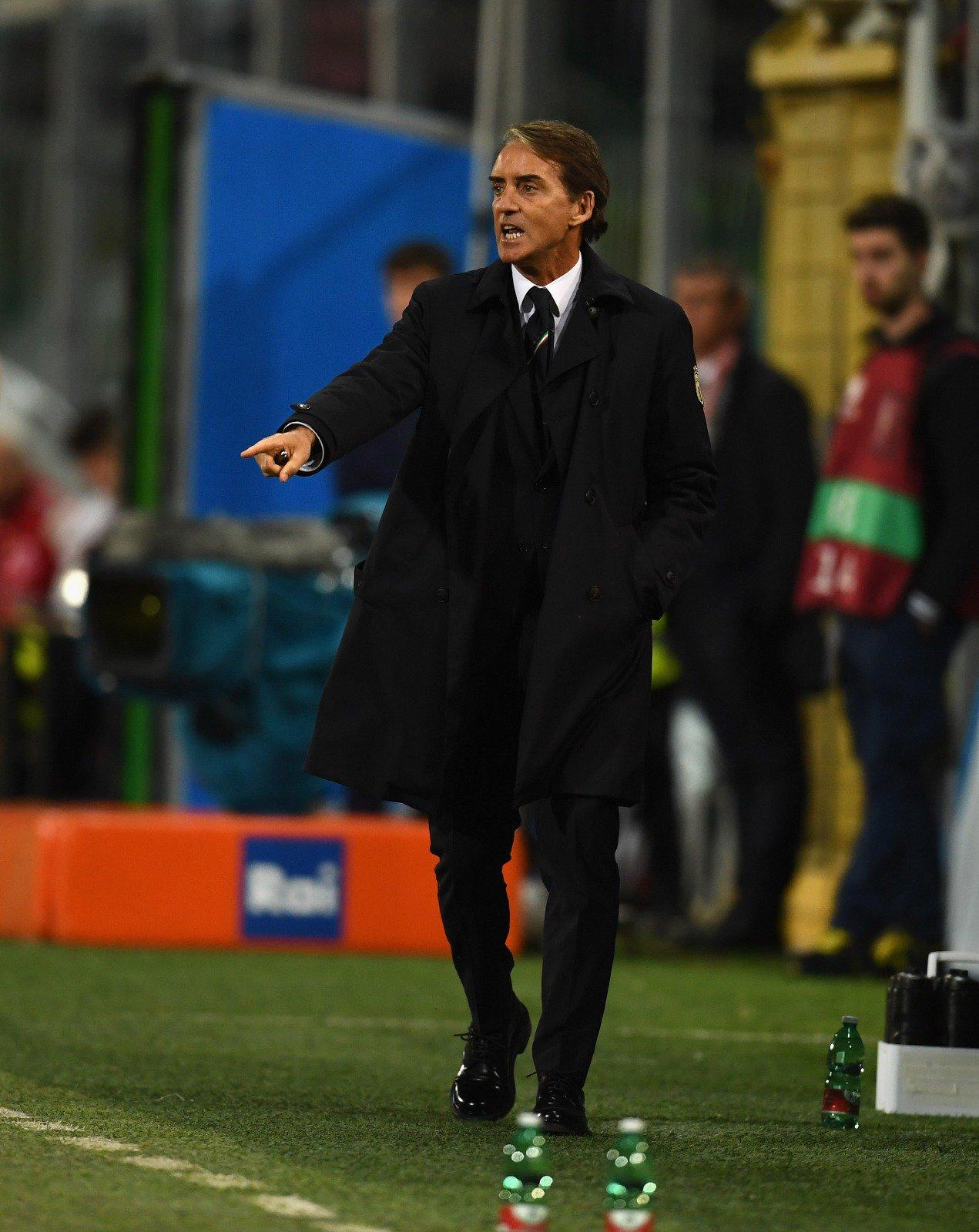 Mancini vuole chiedere che il campionato finisca con una settimana di anticipo