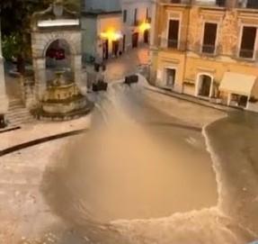 """Quelli che… """"Solo Venezia, e allora Matera?"""" A Matera stanno bene (ma i turisti disdicono)"""