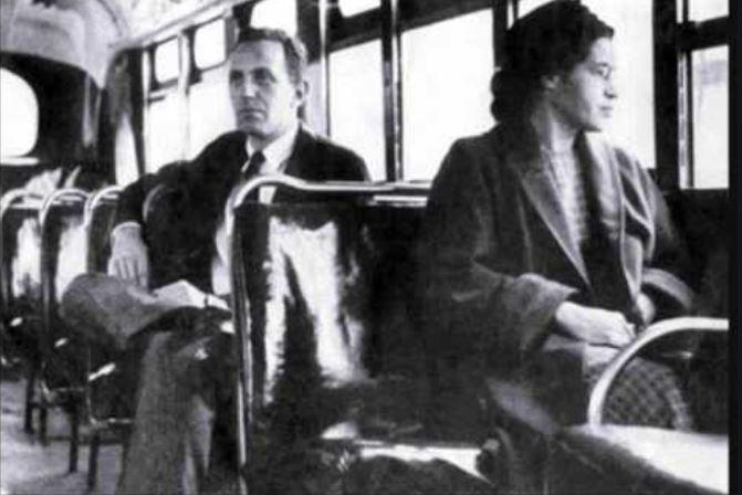 """Sull'autobus: """"Sei nera, non ti puoi sedere"""". Alessandria come l'Alabama"""