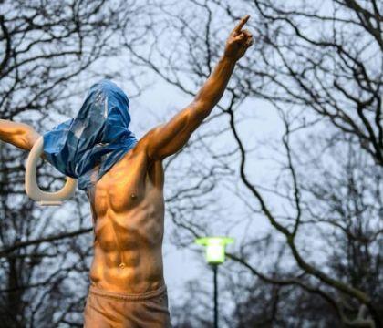 I tifosi del Malmoe vogliono spostare la statua di Ibrahimov