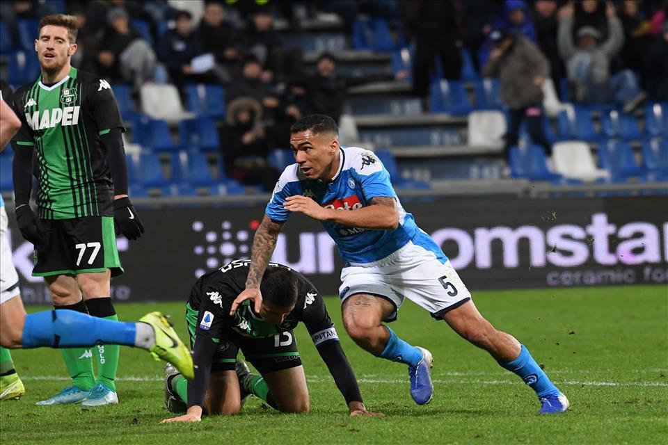 Sassuolo-Napoli 1-2, pagelle / Allan il rivoltoso diventa Masaniello e Freud contemporaneamente