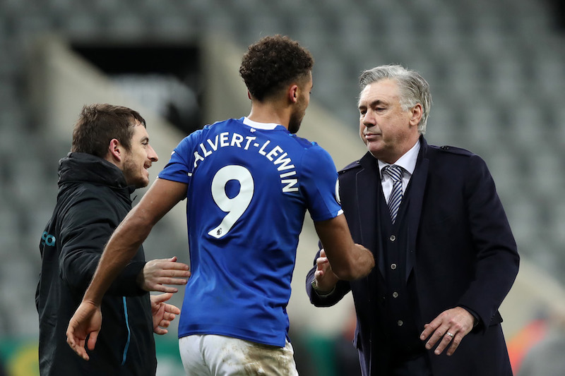 L'Arsenal batte l'Everton 3-2, doppietta di Aubemeyang