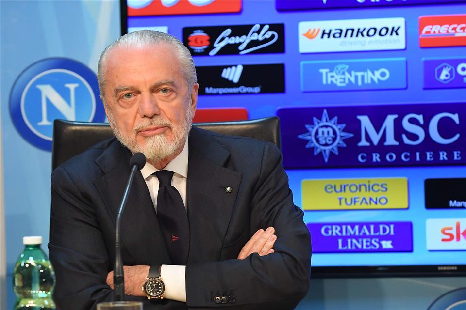 Il Napoli ha un passivo di 100 milioni sul mercato, deve fare una cessione da almeno 30 milioni