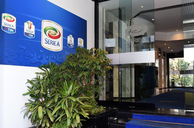 Corriere: Serie A, solo 4-5 club favorevoli al taglio da 20 a 18 squadre