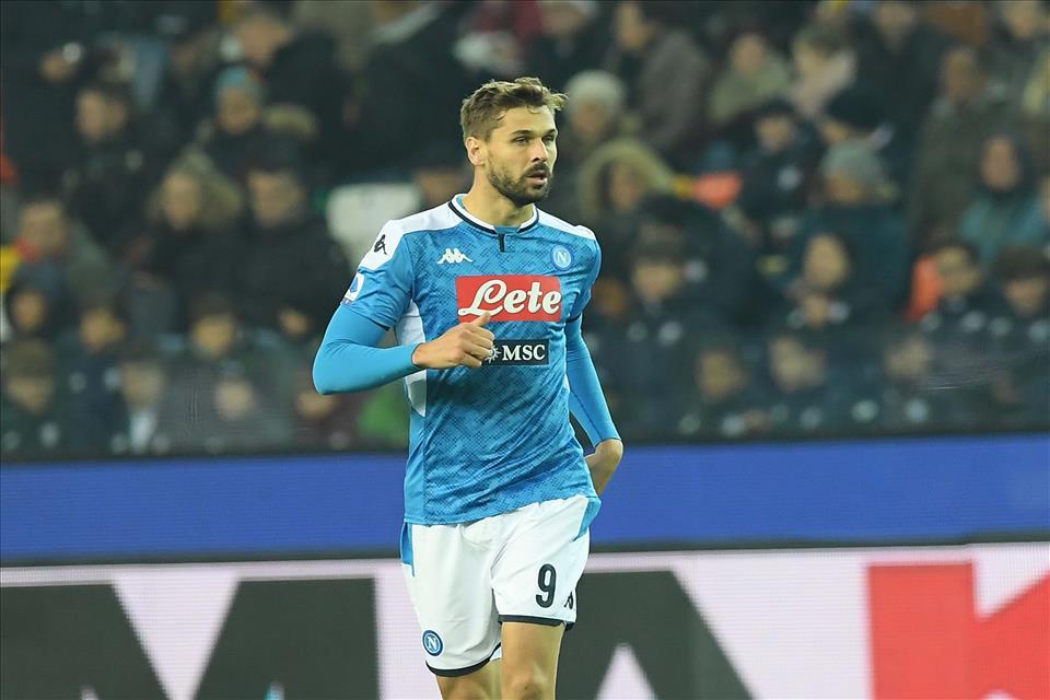 Il Giornale: se il Napoli non chiude con l'Inter lo scambio con Politano, Llorente andrà al Parma