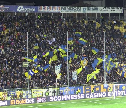"""I tifosi del Parma disertano il San Paolo: """"Biglietto troppo"""