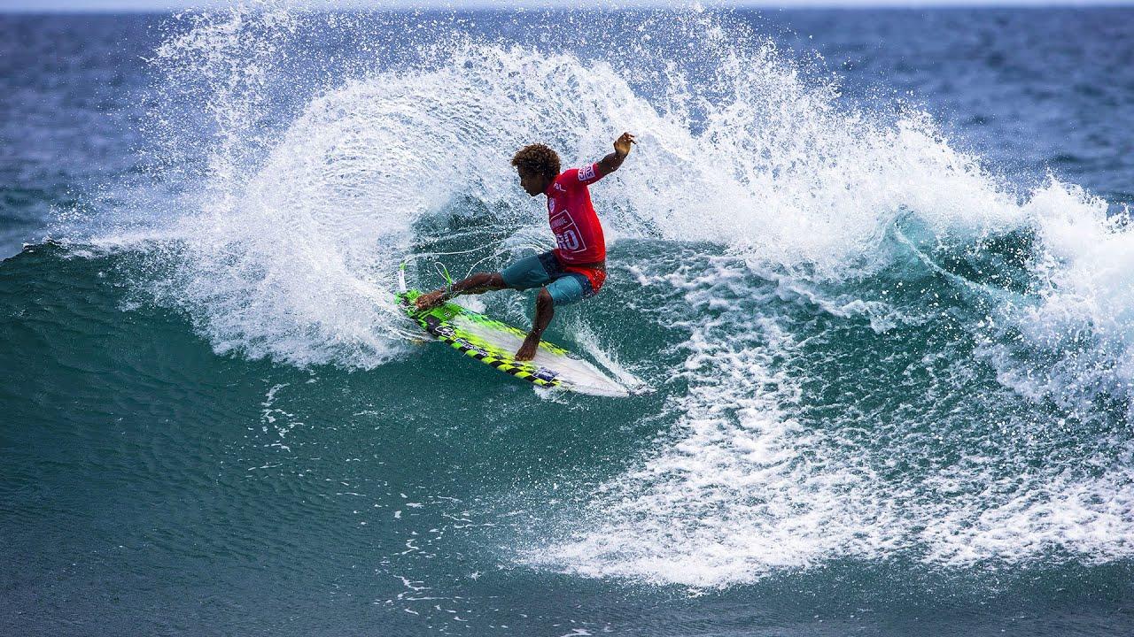 Le Olimpiadi tornano al tempo delle colonie: la gara del surf di Parigi 2024 si disputerà a… Tahiti