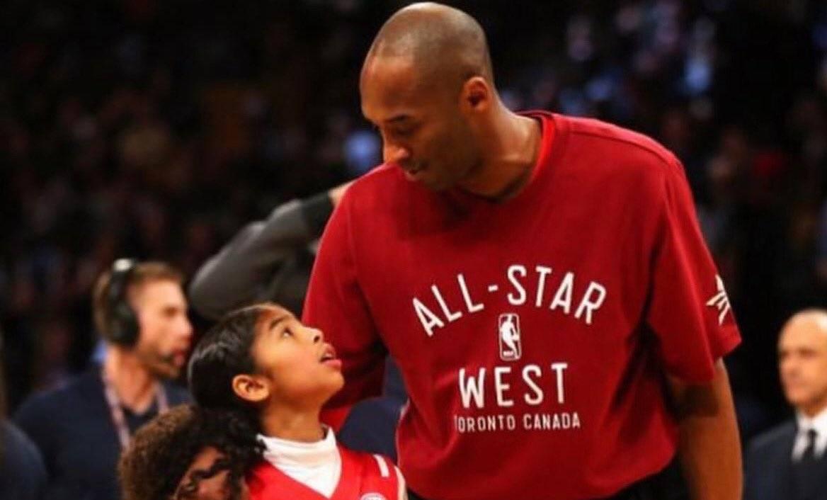 Schianto in elicottero, muore Kobe Bryant. Con lui la figlia di 13 anni
