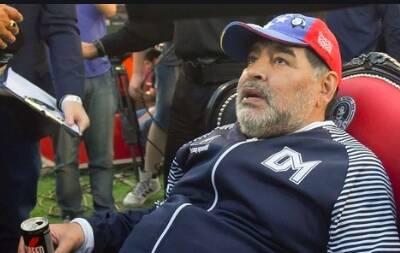L'infermiera di Maradona dichiara di essere stata costretta a dire di averlo controllato alle 7,30