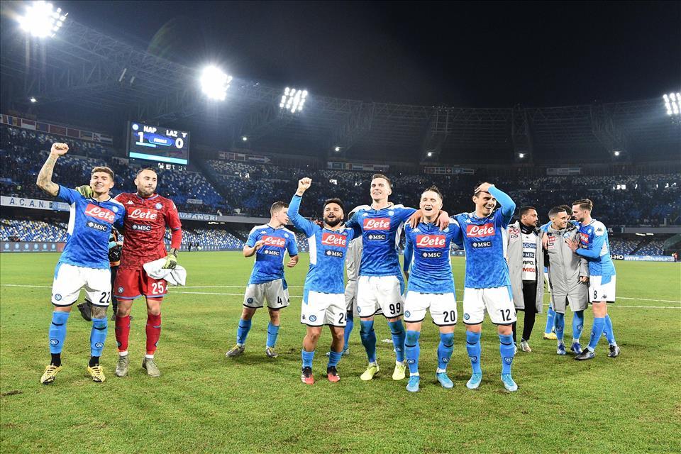Napoli-Lazio 1-0, pagelle / Pensavamo che Insigne facesse il tiroaggiro e invece… giù il cappello