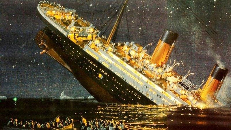 Il Titanic colpì un iceberg. Il Napoli sta affondando da solo