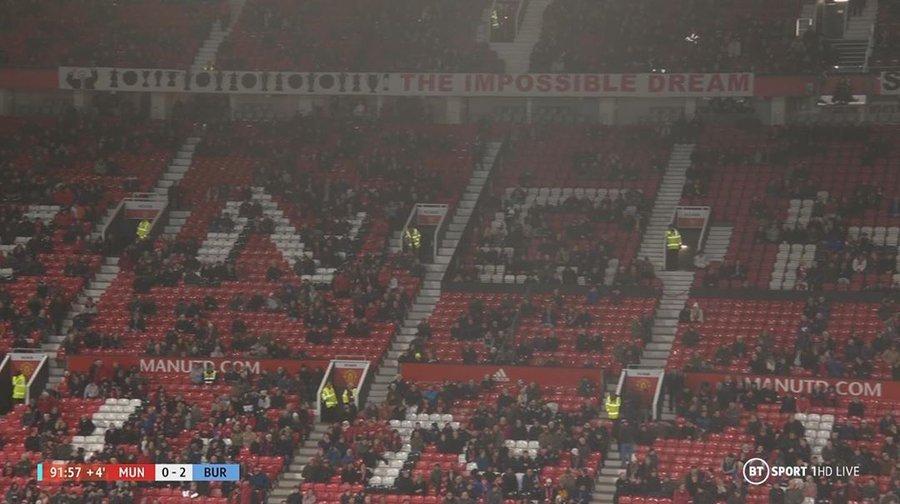 Il Manchester United in crisi, e Old Trafford augura la morte alla proprietà