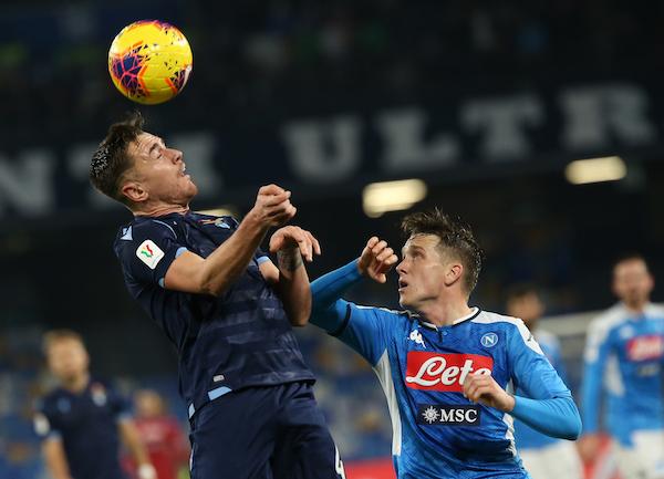 La Lega Serie A: tagli a due stipendi se si riprenderà a giocare; a quattro se non si giocherà
