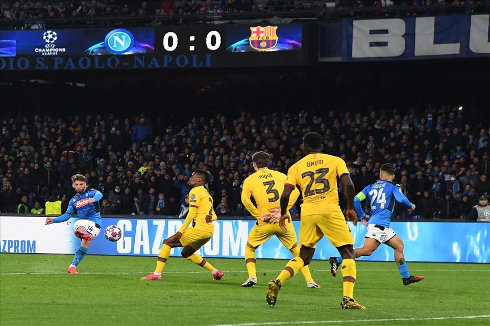 Barcellona, 5 calciatori e 2 membri dello staff hanno avuto il Covid-19