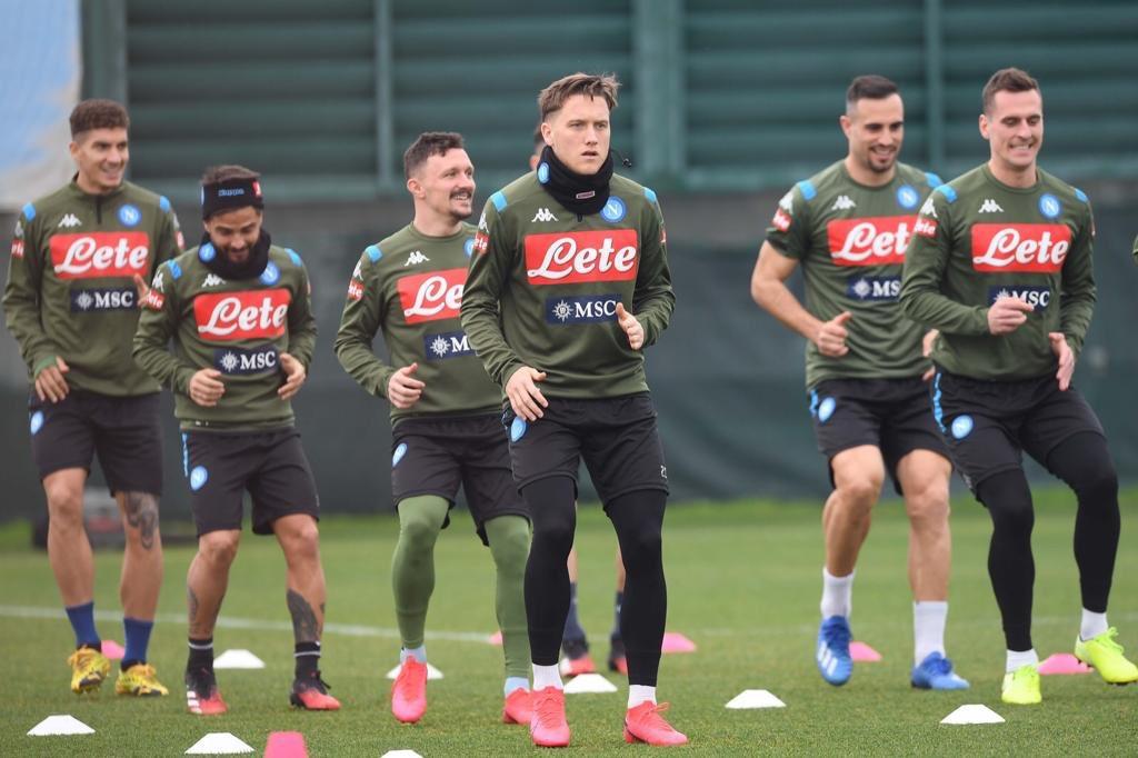 Napoli, ancora terapie per Insigne: il report dell'allenamento ...