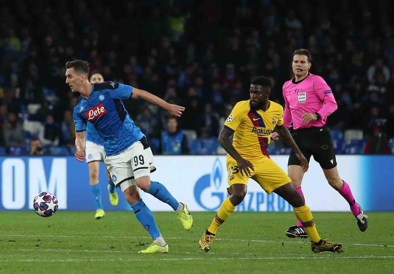 Milik rientrato a Napoli, per il passaggio alla Roma manca ancora idoneità sportiva
