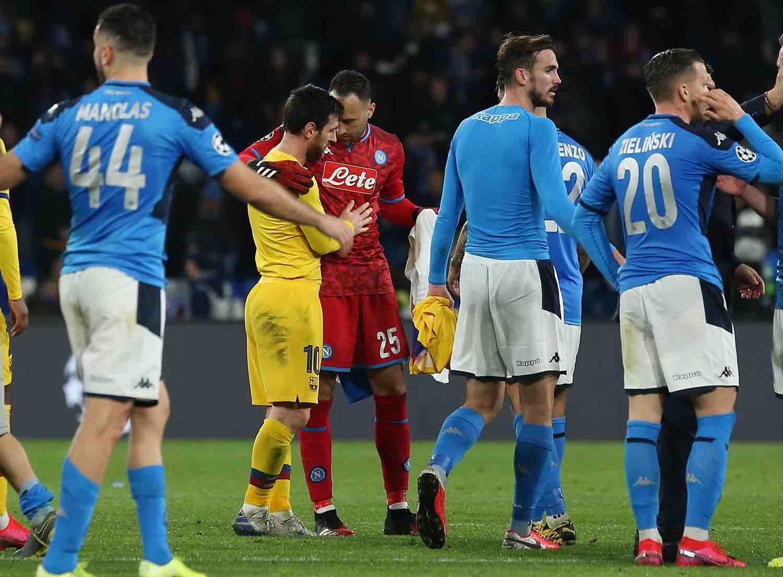 """Il quotidiano catalano Sport: """"Barcellona-Napoli"""" a un passo dalla sospensione"""