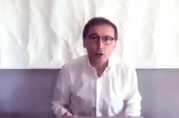 Il ministro Boccia: «Brave Campania e Puglia, ma a De Luca dico che non è il momento delle ironie»