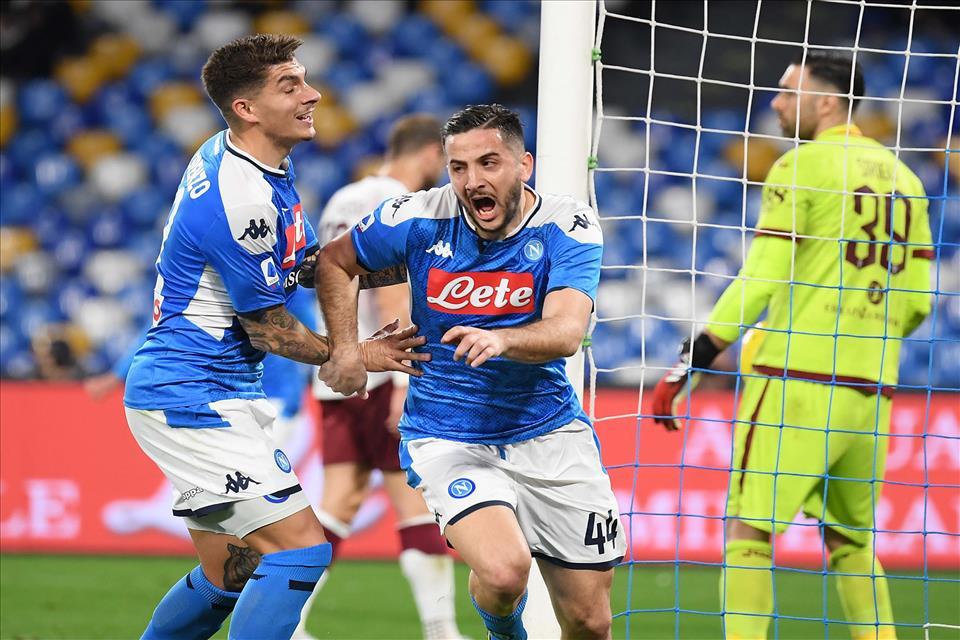 Napoli-Torino 2-1, pagelle / In tempi di Coronavirus almeno il Napoli sembra guarito