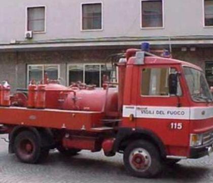 """La denuncia dei pompieri: """"A noi il tampone non lo fanno, no"""