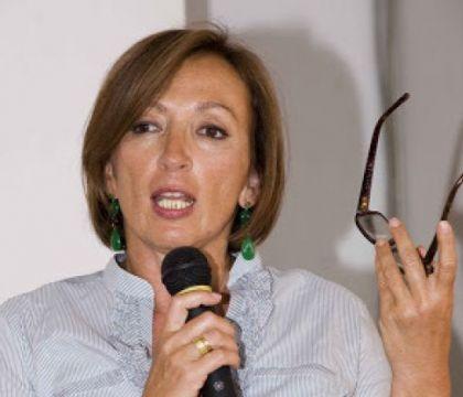 La sottosegretaria Zampa: «La Serie A va sospesa, lo dicono i protocolli»