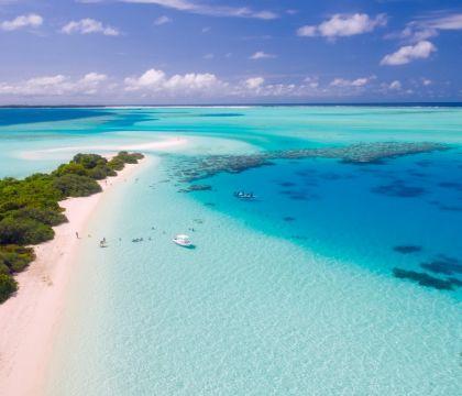 Bloccati dalla pandemia alle Maldive, la luna di miele li st
