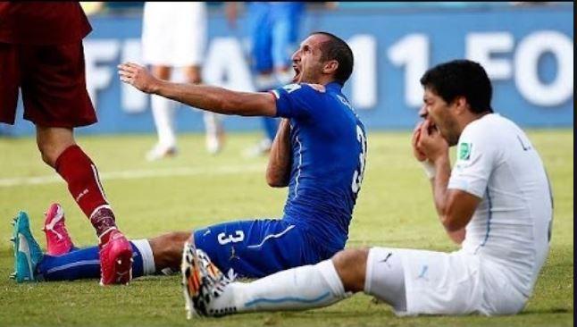 """Guardo Olanda-Italia e mi chiedo """"Chiellini cosa ci fa in campo?"""""""
