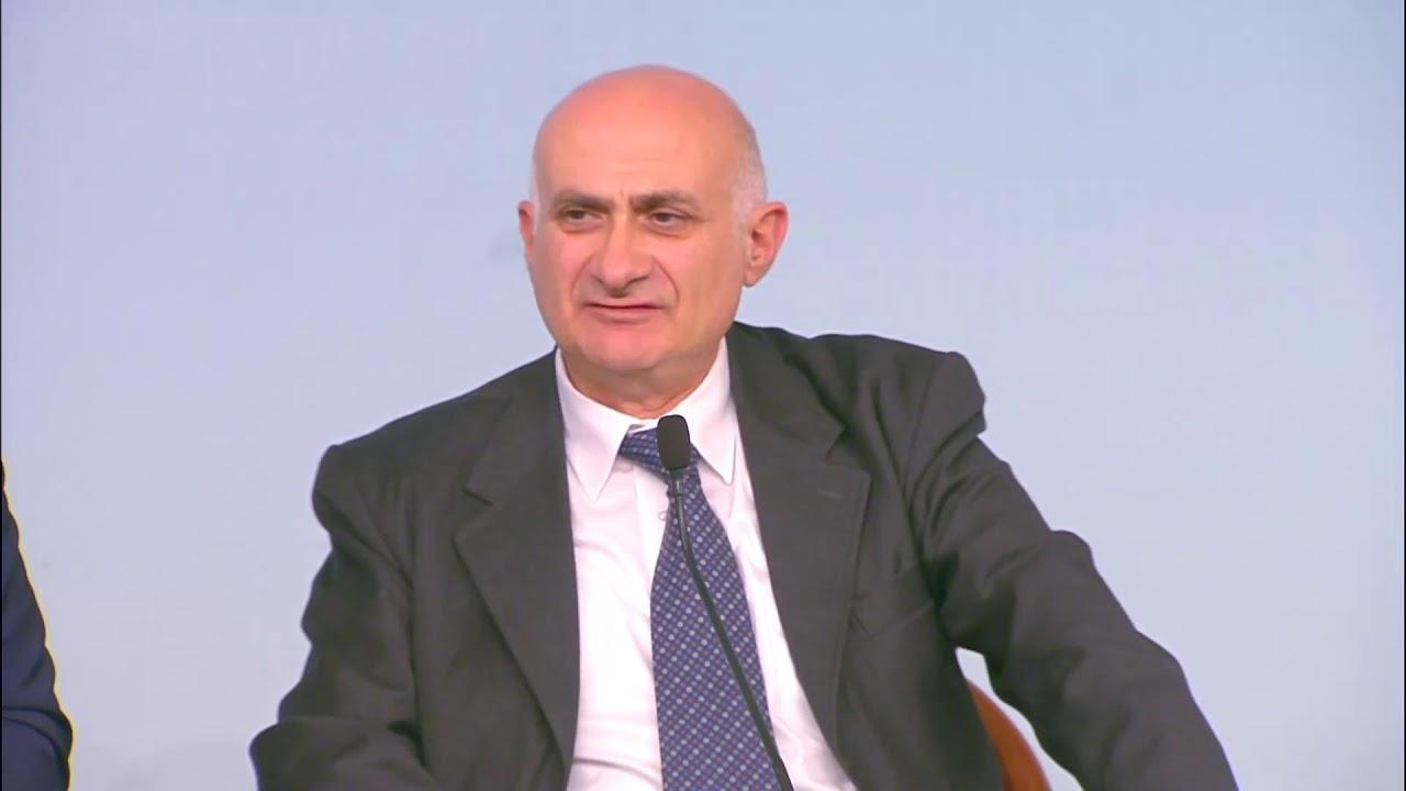 Il direttore dello Spallanzani: «I test rapidi devono essere seguiti dal tampone»