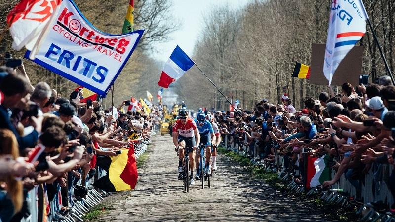 Il ciclismo come il calcio. La logica dell'industria riduce il Giro d'Italia a corsa di paese