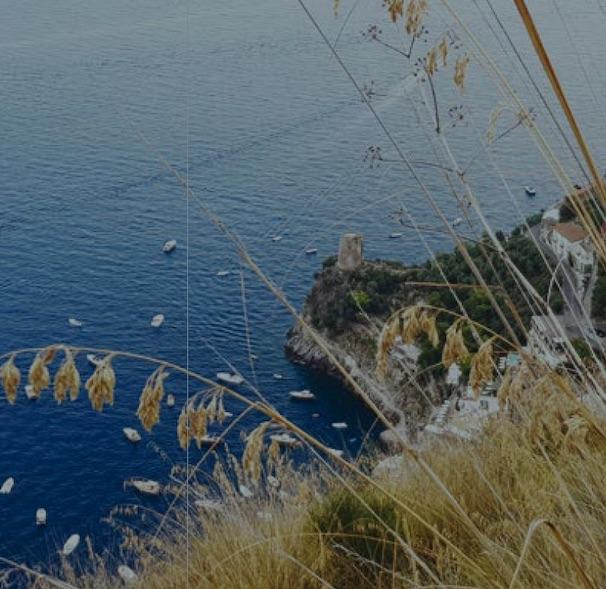 """Loving trekking"". Guida sentimentale ai sentieri dei Monti Lattari"