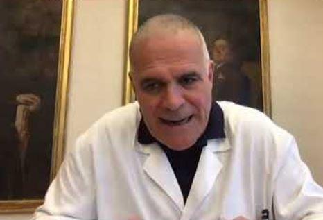 """Zangrillo contro i virologi opinionisti: """"Topi di laboratorio che pensano di saperla più lunga di noi"""""""