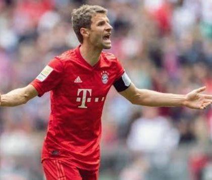 """Muller: """"All'inizio della carriera mi sarebbe piaciuto giocare con Messi, ora avrei bisogno di Ronaldo"""""""