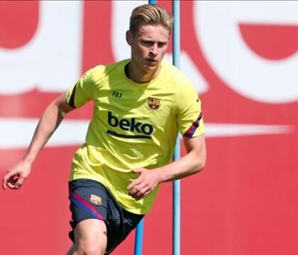 De Jong è il De Ligt del Barcellona: tanti soldi per l'Ajax, ma attese fin qui tradite