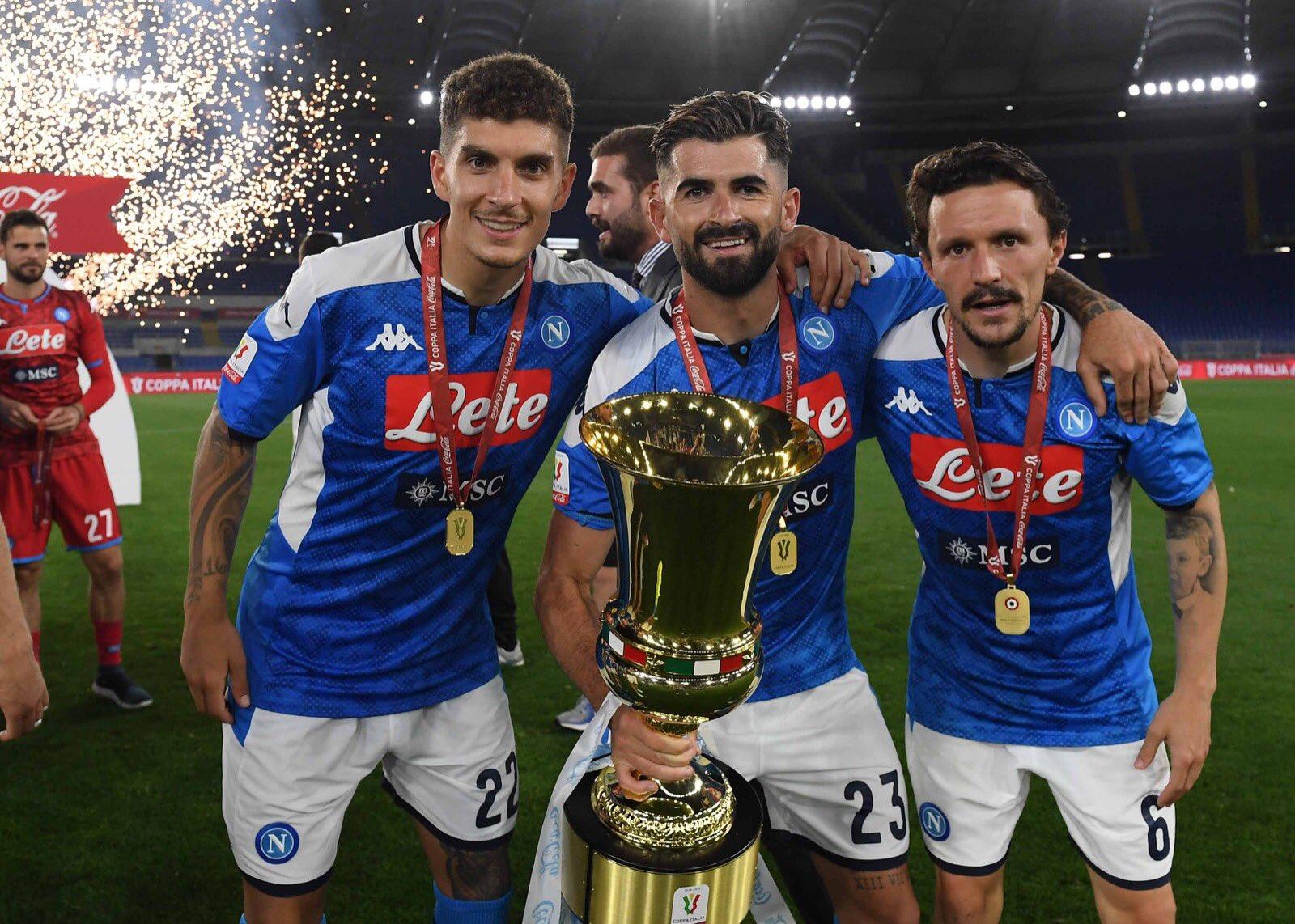 L'agente di Mario Rui e Di Lorenzo: «L'anno prossimo resteranno a Napoli»
