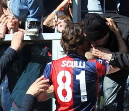 Indagati ultras del Genoa: estorsione e violenza a Preziosi