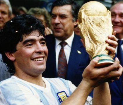 "L'AFA saluta Maradona: ""Sarai eterno in ogni cuore del pianeta calcio"""
