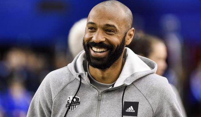 Thierry Henry, 8 minuti e 46 secondo in ginocchio contro il razzismo